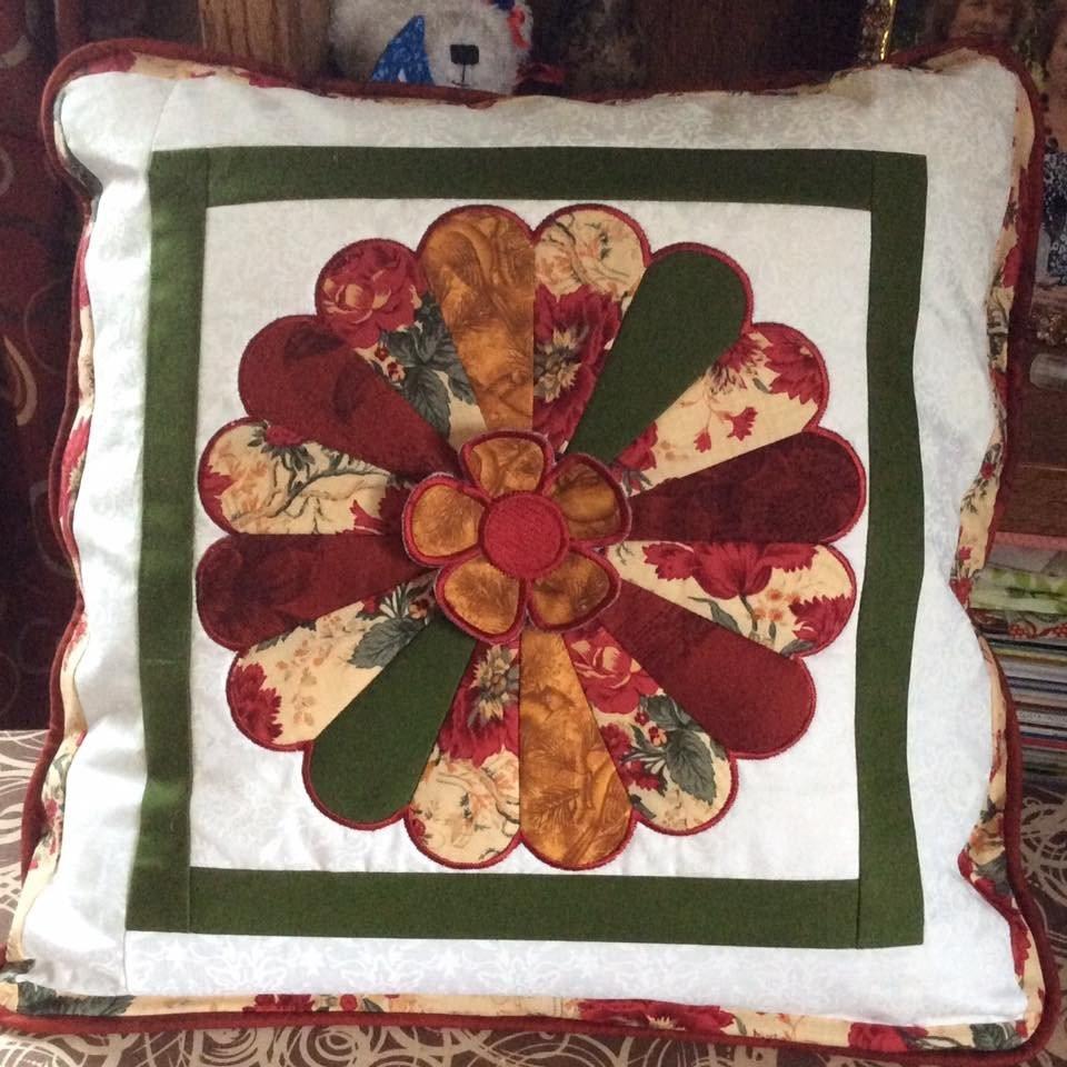 Dresden Plate Quilt In Modern In The Hoop Machine